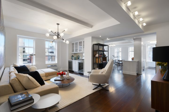 LondonTerrace470W24THST-ChelseaNewYork_Tom_Postilio_DouglasElliman_Photography_98702285_high_res